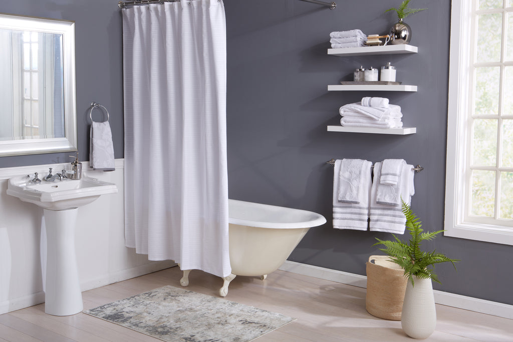 Roselyn Bath Towels