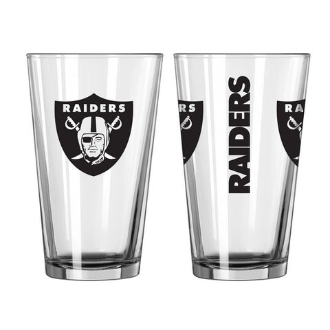 Oakland Raiders 2pc. Gameday Pint Glass Gift Set