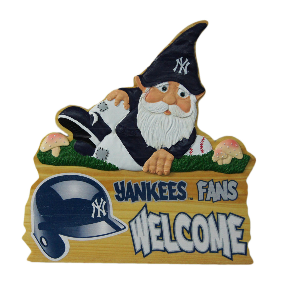 New York Yankees Wooden Gnome Fence Sign