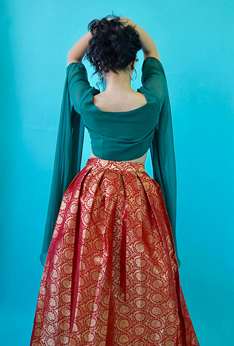 Urja red pleat skirt