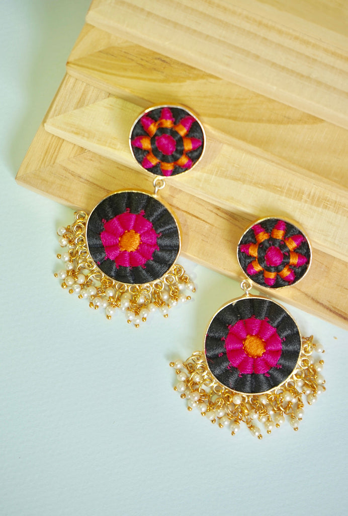 Payal black double circle earrings