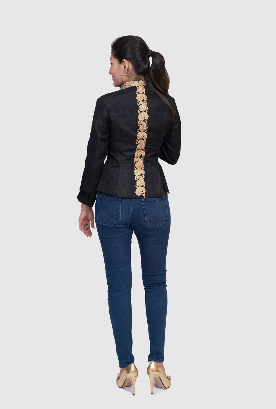 Inaaya black embroidered jacket