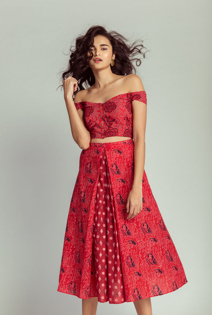 Triveni red pleated skirt