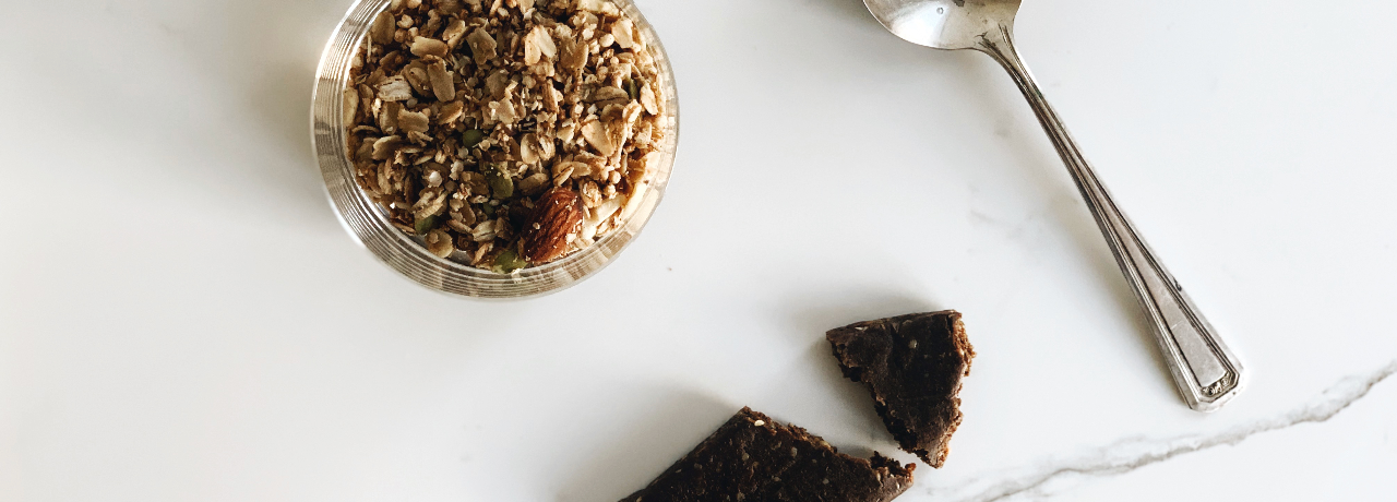 granola and energy bars