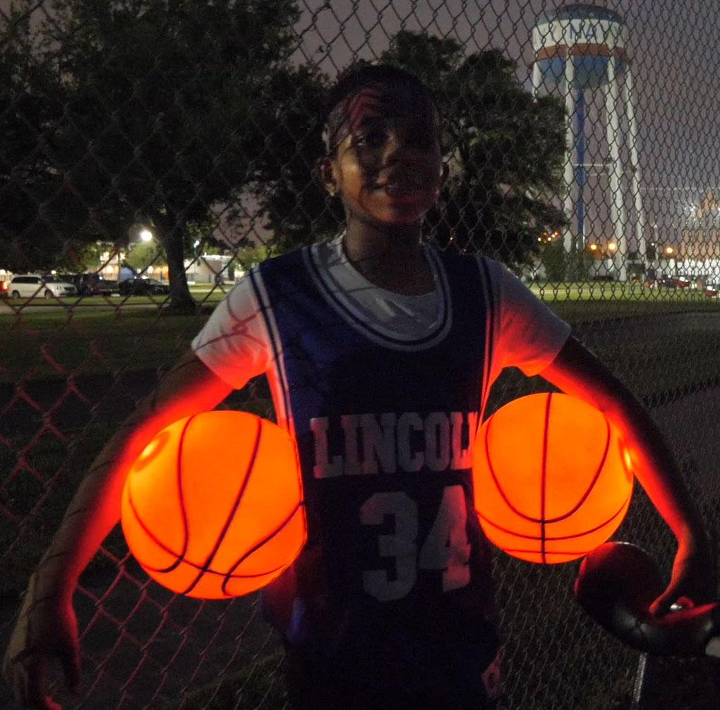 SCIONE Light Up Basketball,LED Glow in The Dark Outdoor Basketball Official Size