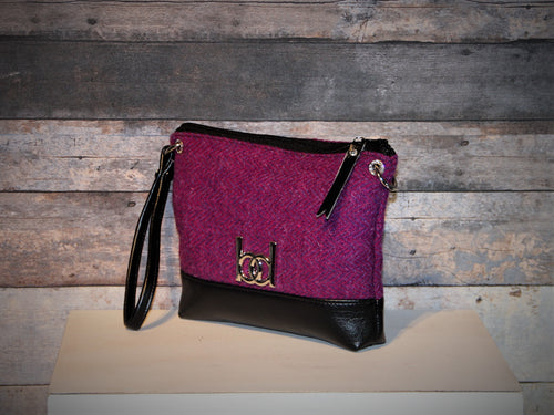 Wristlet (large) - makeup bag, HARRIS TWEED, purple, vegan leather, handcrafted, handmade
