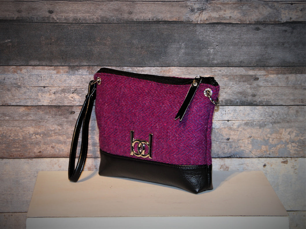 Wristlet - HARRIS TWEED, purple, vegan leather, handcrafted, handmade