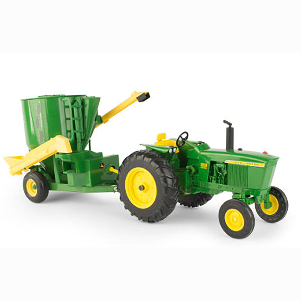 JOHN DEERE 1/16 3020 TRACTOR TOY WITH MIXER MILL