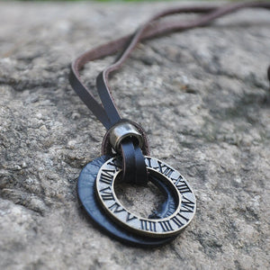 Unisex Vintage Roman Pendant With Adjustable Leather Cord
