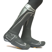 SPATZ 'GRAVLR' Overshoes. Rugged and warm with a full zipper opening. #GravlR