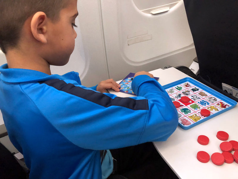 5 ideas to keep kids entertained while traveling