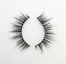 "Load image into Gallery viewer, ""ROSE"" 3D Mink Lashes ByStefany.Com"