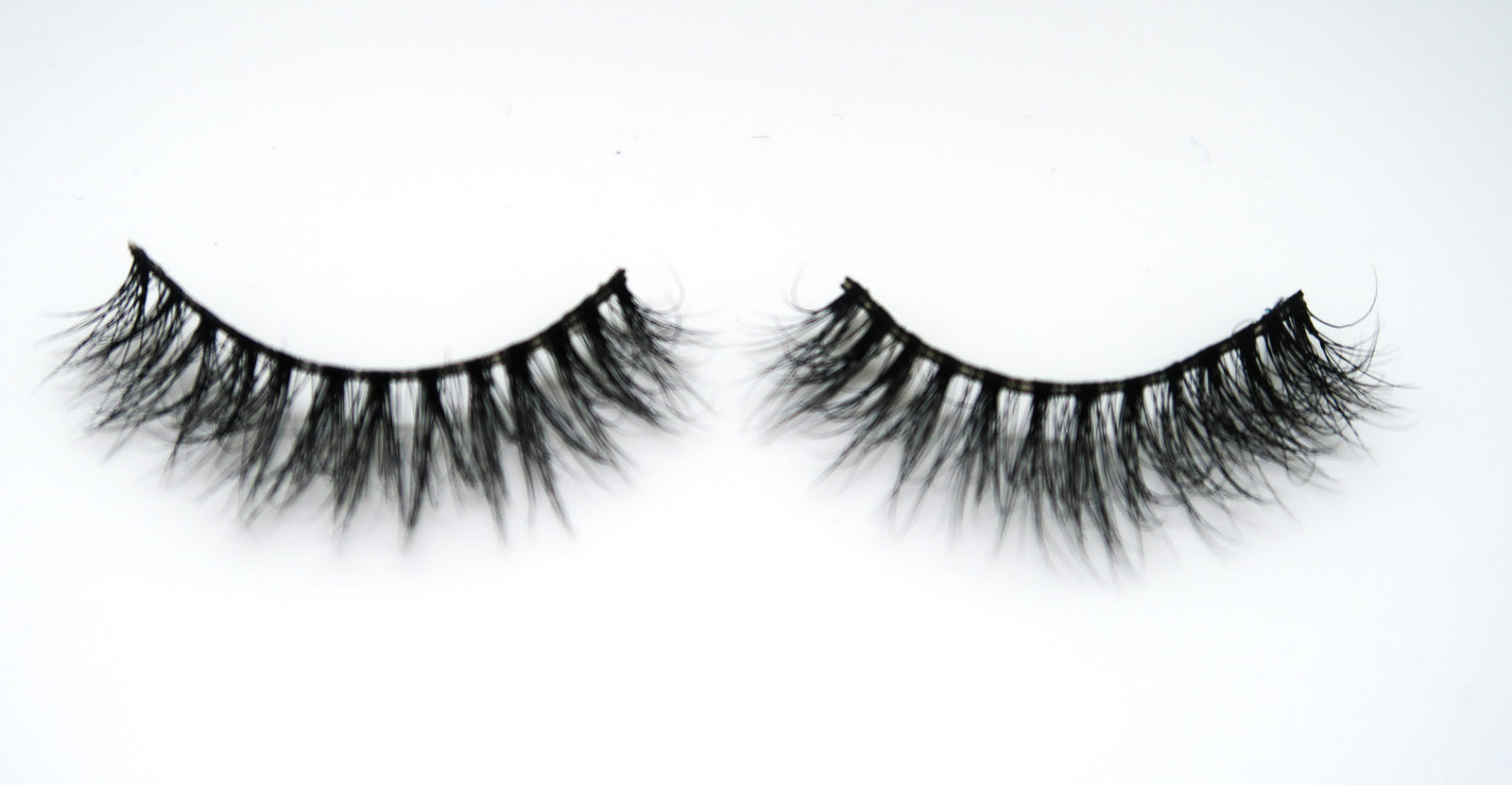 """DIVA"" 3D Mink Lashes ByStefany.Com"