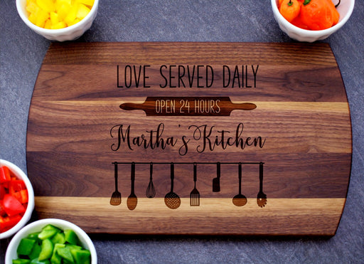 Mom's Kitchen | Personalized Laser Engraved Cutting Board