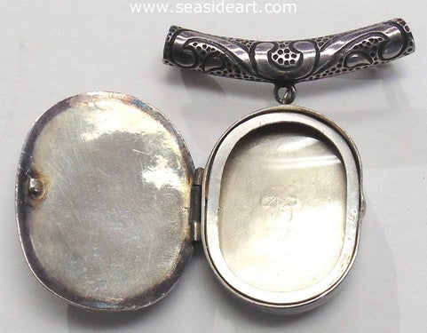 Sterling Silver Floral Locket-Victoria of Taxco