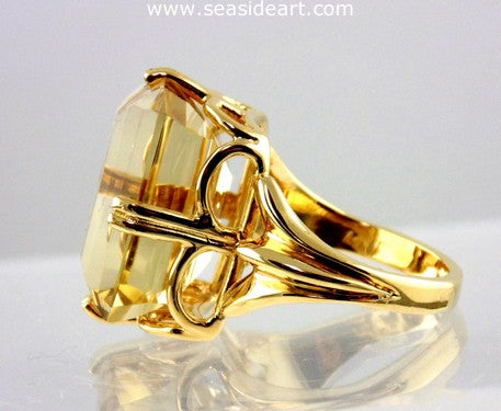 Citrine Ladies Ring 14kt Yellow Gold