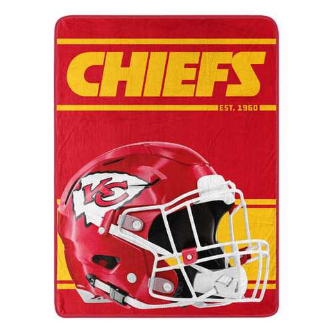 Kansas City Chiefs Helmet Art 46x60 Throw Blanket