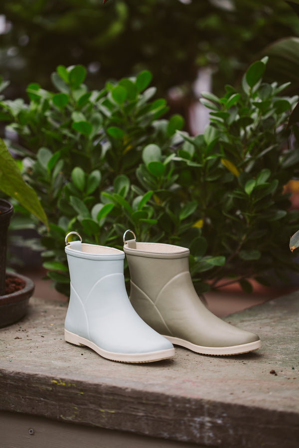 Grey Natural Rubber Garden Boots