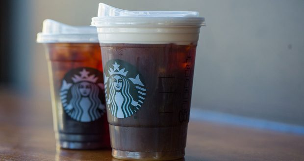 Starbucks Goes Strawless