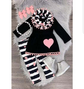 Heart Fringe - Momma G's Boutique