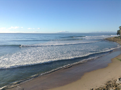Rincon Point, Carpinteria CA is the perfect surf spot to enjoy a freshly brewed cup coffee to check the waves