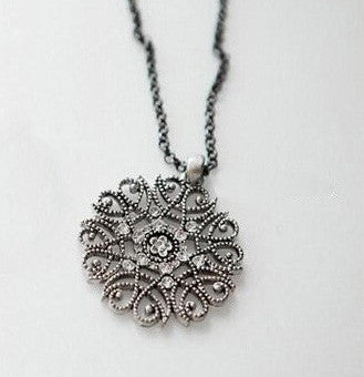 Vintage Flower Crystal Necklace