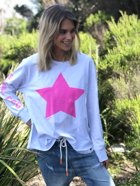 WHITE L/S TEE WITH PINK STAR