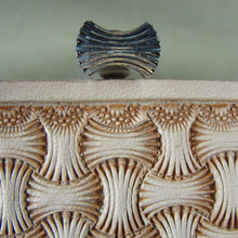 Axe Head Basket Weave