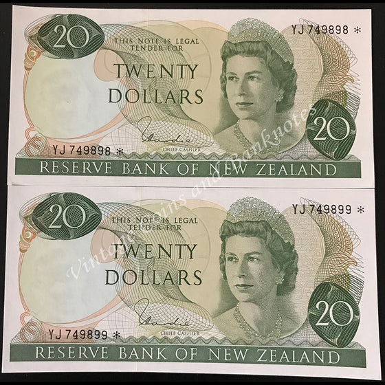 New Zealand H.R Hardie ND (1977-81) $20 Consecutive Pair Star Notes UNC