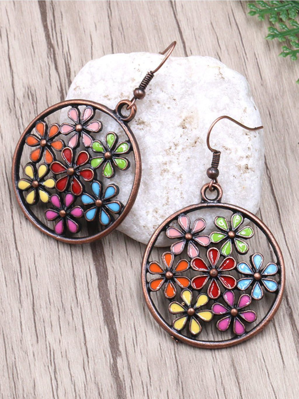 Fashion Round Cutout Flower Earrings