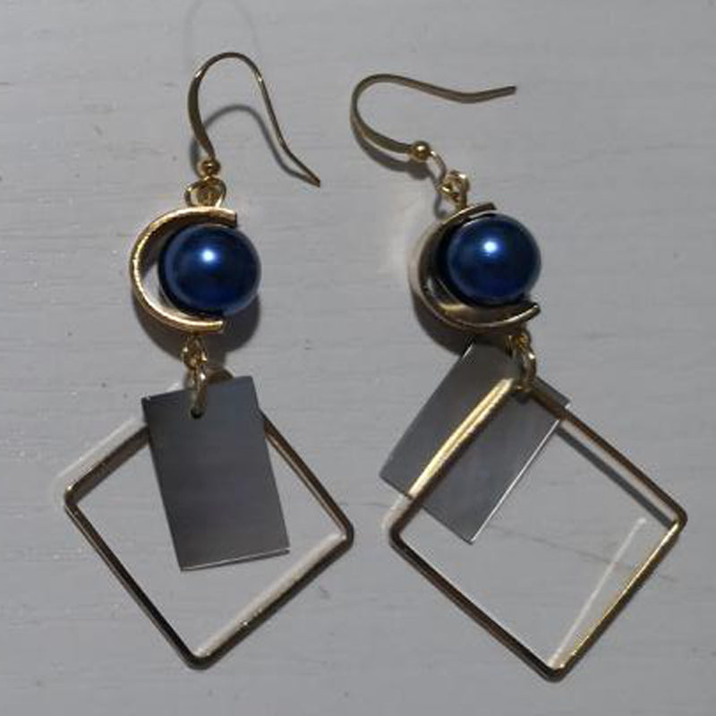 Women Metal Rocky Earrings