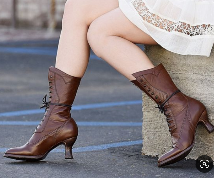 Beach Low Heel Ruched Boots