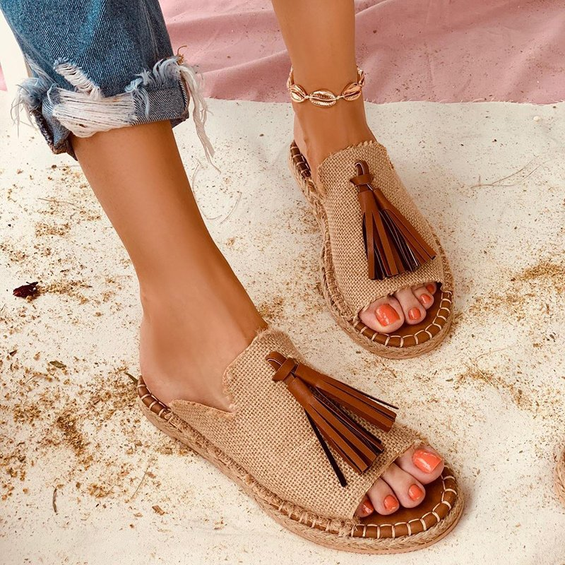 Casual fashion summer sandals women plus size tassel slip on flat