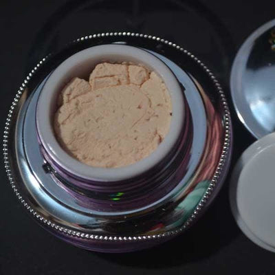 Alada 3D Whitening Facial Powder Cream