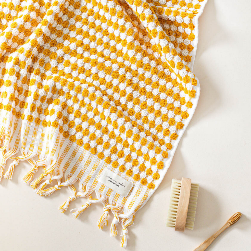 POMPOM TURKISH TOWEL - SUNSHINE