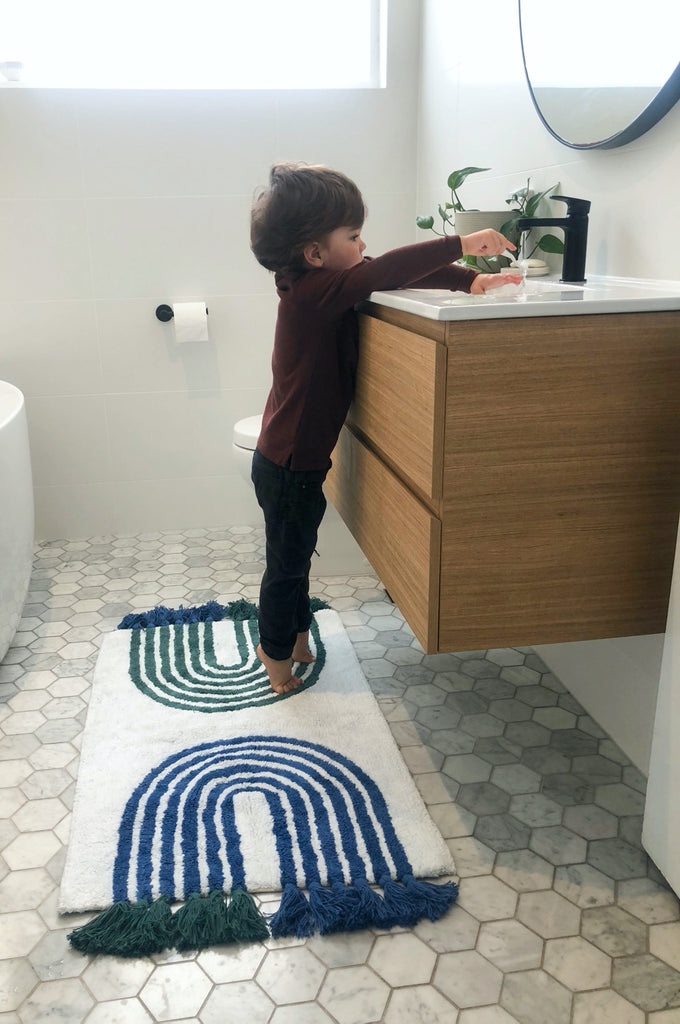 The Trends Bath Mat