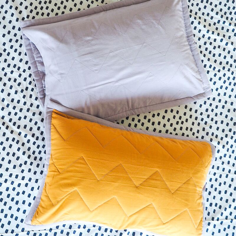 ZIG & ZAG QUILTED PILLOWCASE SINGLE