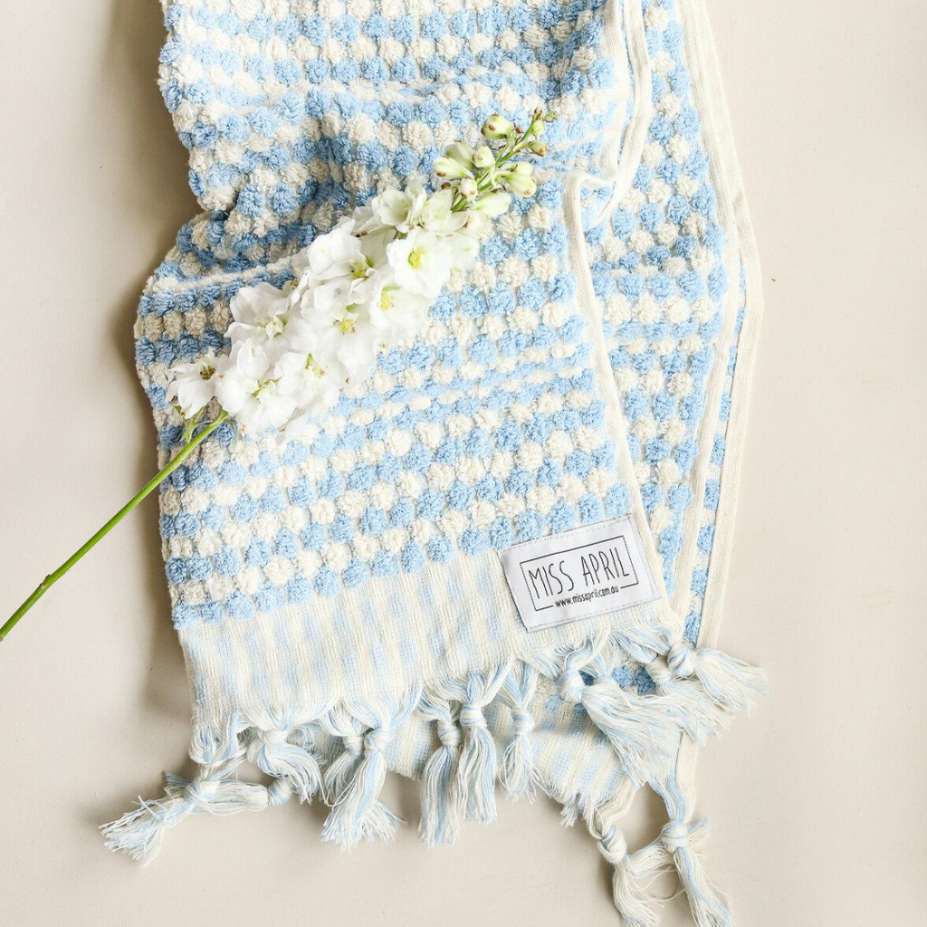 POMPOM HAND TOWEL - PALE BLUE