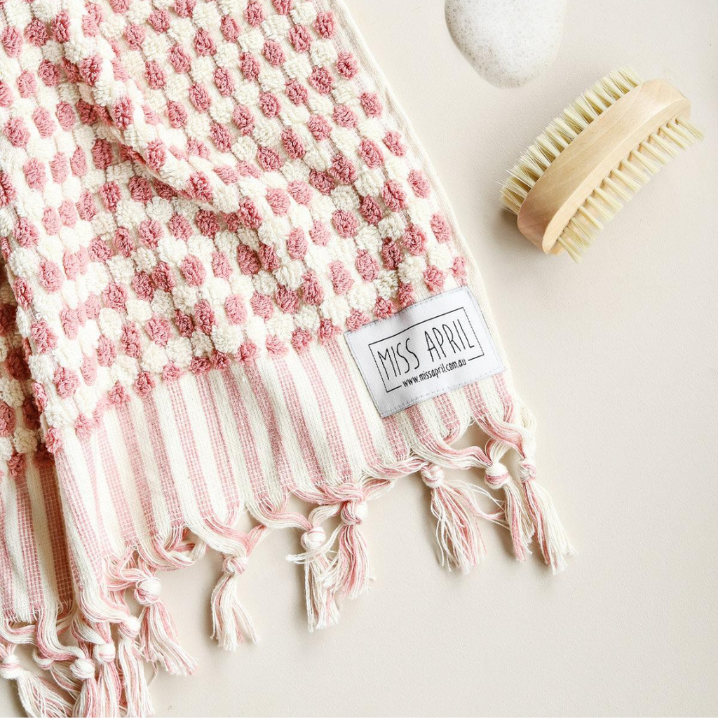POMPOM TURKISH TOWEL - PALE PINK