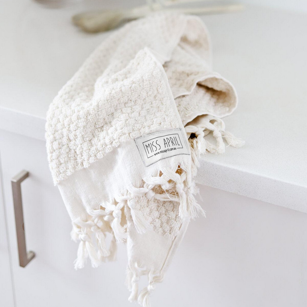 POMPOM TURKISH TOWEL - NATURAL