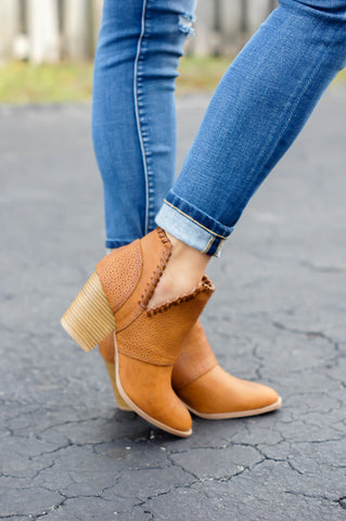 Maci Booties (Burnish)