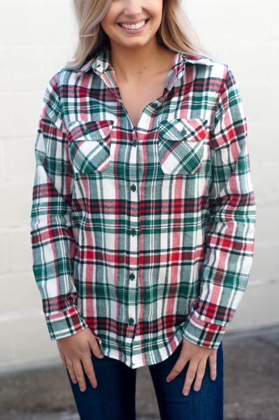 Warm Welcome Flannel (Red/Green)