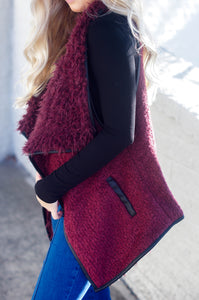 Feeling Fabulous Faux Fur Vest (Wine)