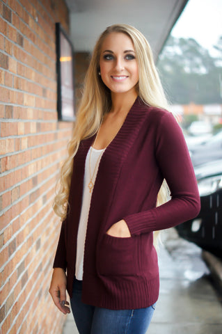 Came To Cuddle Cardigan (Burgundy)