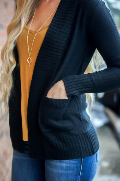 Came To Cuddle Cardigan (Black)