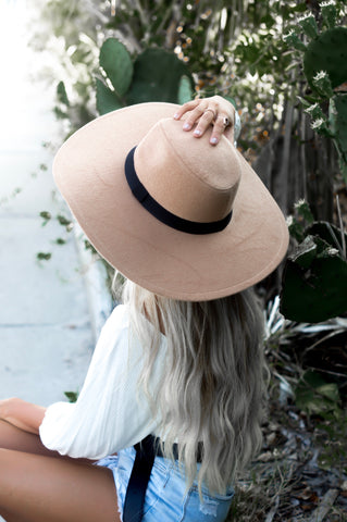 Classic Wide Brim Hat (Tan)