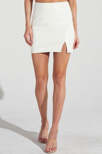 Wild About You Skirt (Off White)