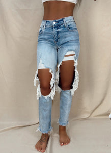 Laid Back Destroyed Boyfriend Jeans