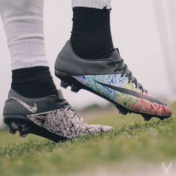 "CUSTOM Nike mercurial vapor X ""What-the-vapor"""