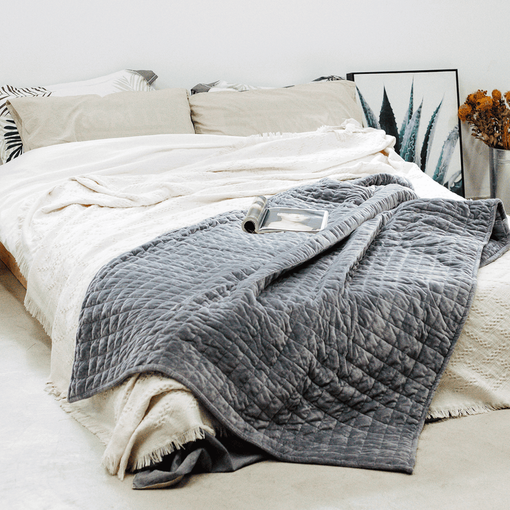 Gravis Weighted Blanket // 25
